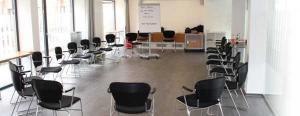 Bild eines Schneller lesen Seminarraumes